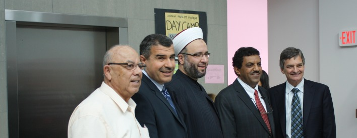 (L-R) Assem Fadel, Treasurer, Islamic Centre of Southwest Ontario; Khalil Ramal, MPP London-Fanshawe; Shaykh Jamal Taleb, Imam; Dr. Mohammed Baobaid, Executive Director, Muslim Resource Centre; and AG Chris Bentley.