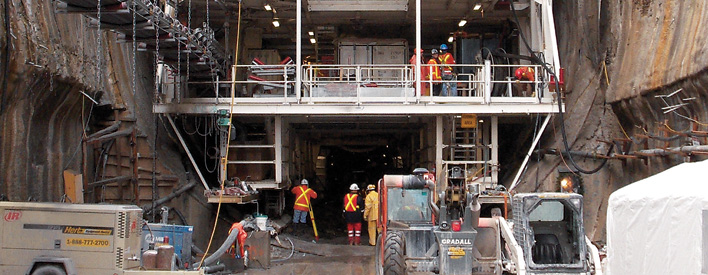"""The largest tunnel boring machine in the world, nicknamed """"Big Becky"""", was used to drill the Niagara Tunnel."""