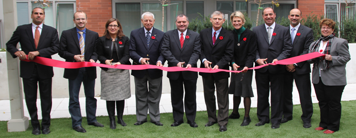 Governments of Canada and Ontario Celebrate New Affordable Housing in Toronto