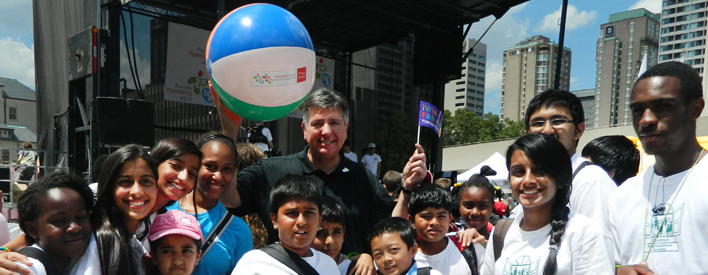 Kids and Minister Charles Sousa at Pan Am/Parapan Am Day