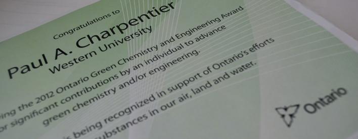 Le certificat de Paul A. Charpentier.