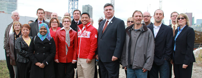 Affordable housing announcement for the 2015 Pan American Games