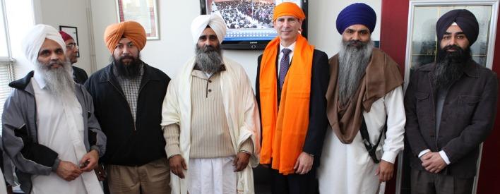 Dalton McGuinty, premier ministre, a visité Gurdwaras à Mississauga