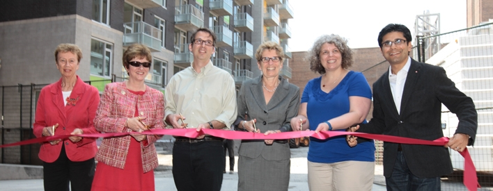 Governments of Canada and Ontario Celebrate New Affordable Housing