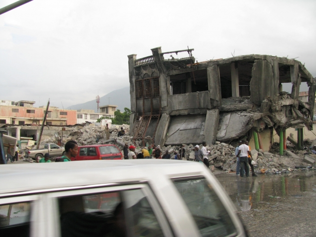 Living and working with the effects of the earthquake in downtown Port-au-Prince