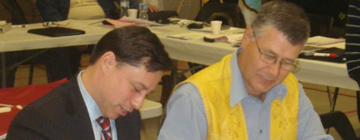 Minister of Aboriginal Affairs Brad Duguid and and Anishinabek Grand Council Chief John Beaucage signed a bilateral roundtable agreement between the Ontario government and the 42 First Nation communities the Anishnawbek Nation represents.