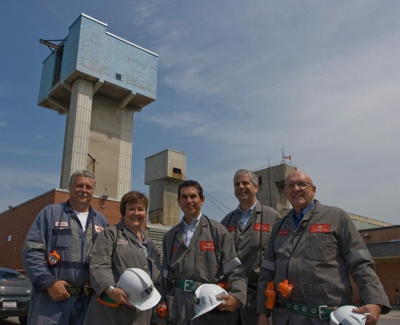 Outside the Sifto Canada Inc. salt mine in Goderich. From left: Mine Manager Rowland Howe, Huron-Bruce MPP Carol Mitchell, Minister Fonseca, Compass Minerals C.E.O. Angelo Brisimitzakis, Goderich Mayor Deb Shewfelt.